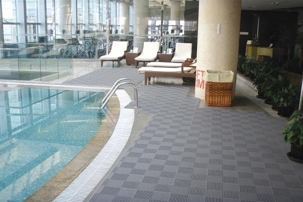 Rismat FloorGuard Comfort Tile Grey Swimming Pool