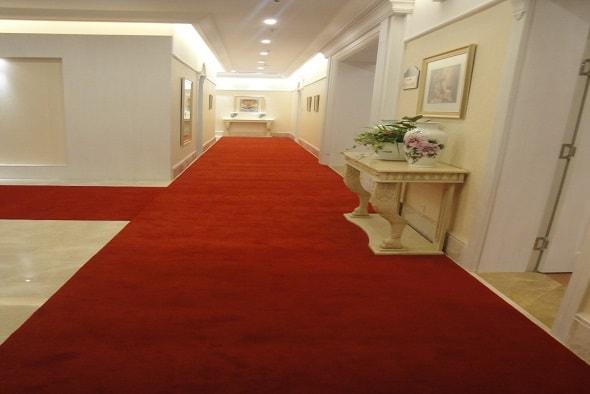 rismat-luxor-vip-hallway-min