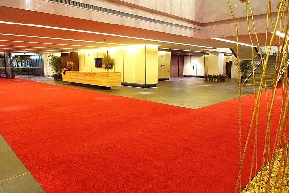 Rismat FloorGuard Luxor Vip Red Mat in Lobby
