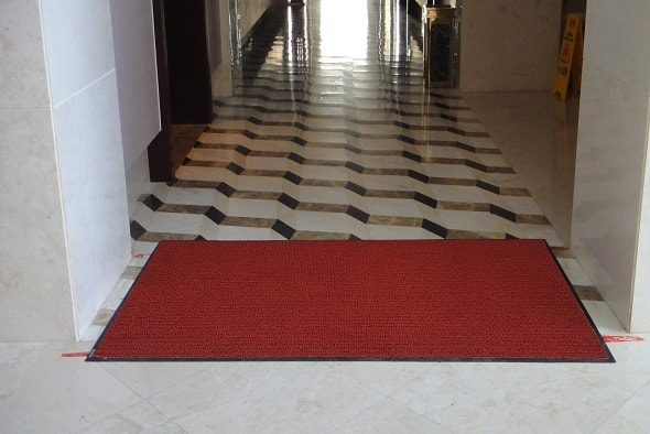 Rismat FloorGuard Red Mat 4000 Hallway